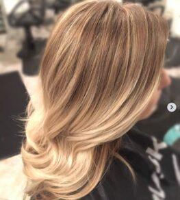 natural-blond-hair-shear-paradise-salon-phoenix