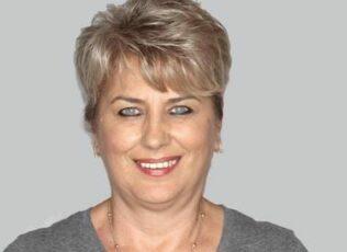 professional-beautician-hair-dresser-stylist-tatyana